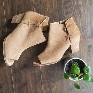 Lucky brand open toe shoe